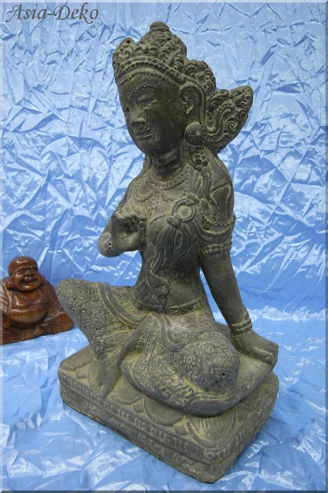 Sch ne stein skulptur sri dewi figur lavastein garten for Asia garten deko